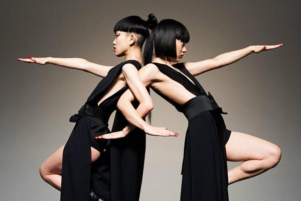 สองนักเต้น